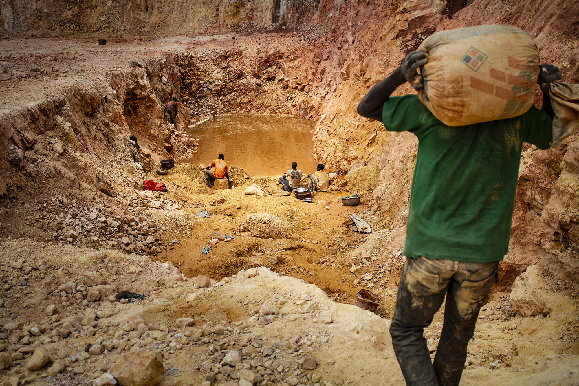 Gold Mines | Manel Quiros Photography